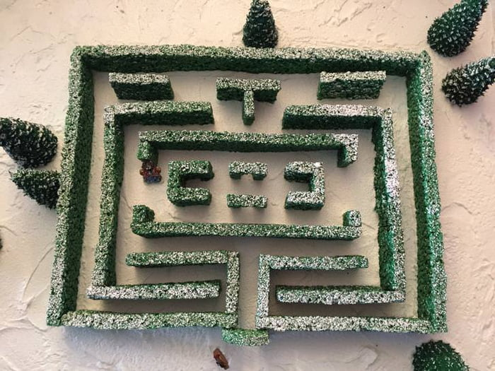 Gingerbread-Overlook-Labyrinth-1