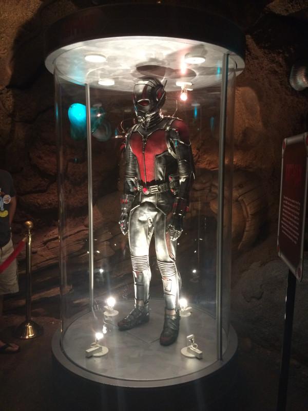 Ant-Man-Suit-3
