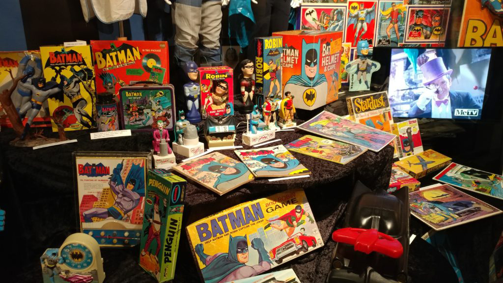 Hollywood-Museum-Bat-Memorabilia