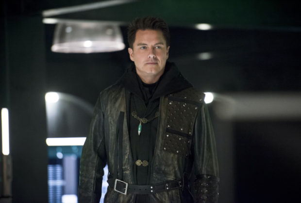 "Arrow -- ""Eleven-Fifty-Nine"" -- Image AR418b_0100b.jpg -- Pictured: John Barrowman as Malcolm Merlyn -- Photo: Diyah Pera/The CW -- © 2016 The CW Network, LLC. All Rights Reserved."