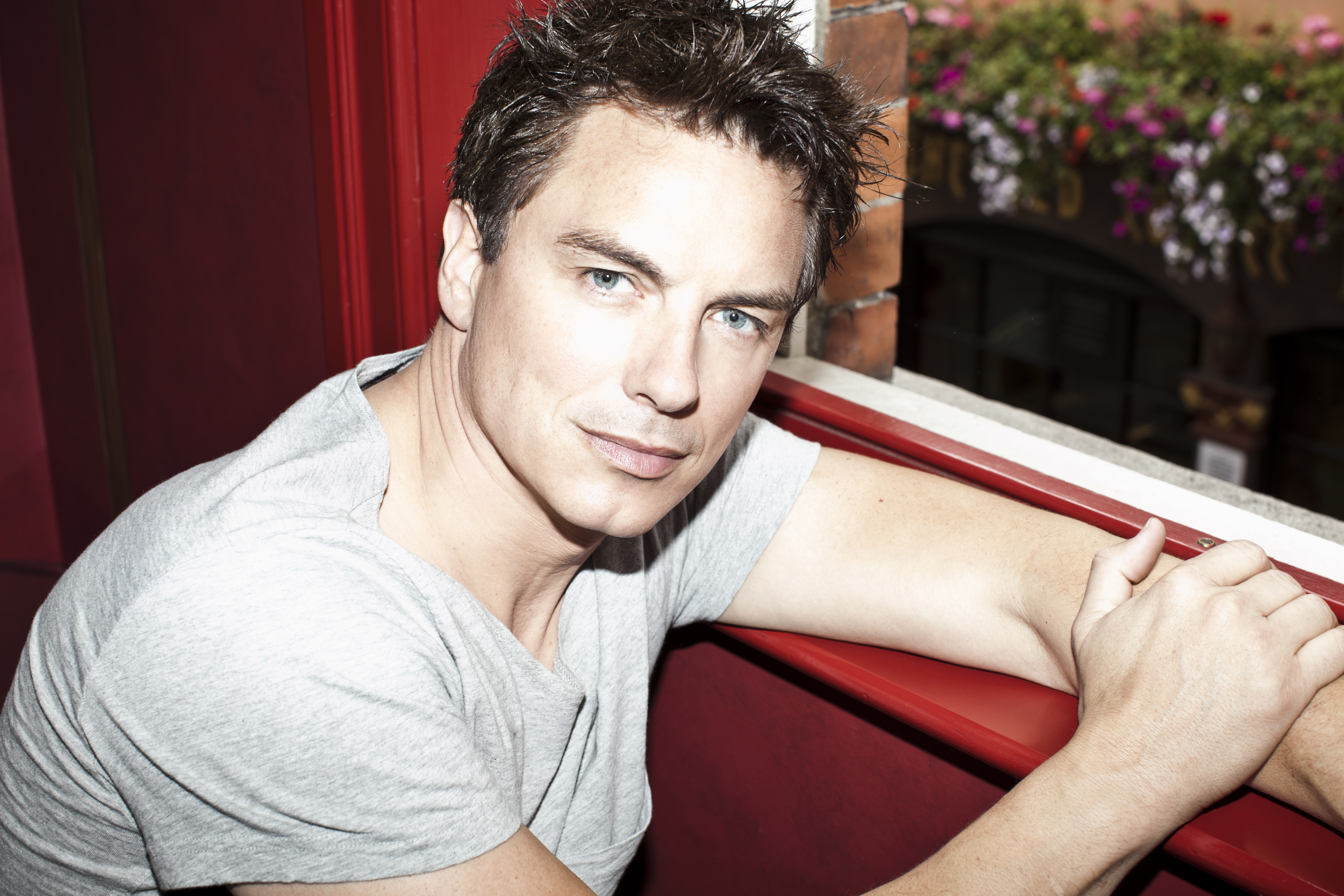 John-Barrowman_Photo