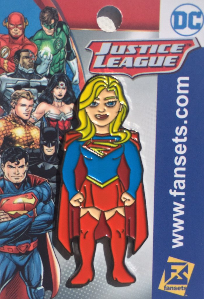 SDCC17-Pin-Supergirl