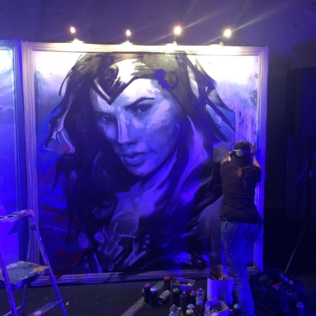 1-Artist-working-on-Gal-Gadot-portrait