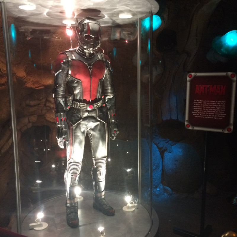 Ant-Man-Suit-2