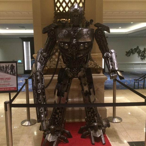 Hyatt-Robot-2