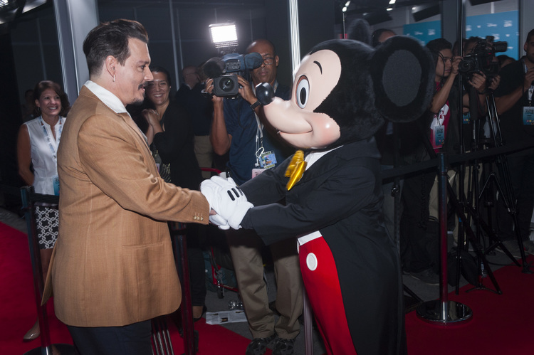 JOHNNY DEPP, MICKEY MOUSE
