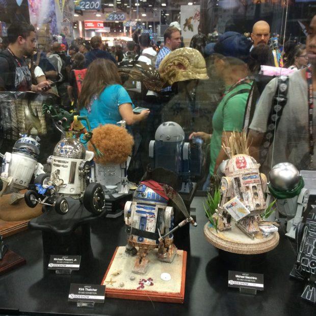 R2-D2-Gallery-2