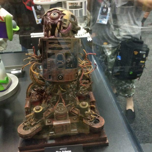R2-D2-Gallery-7