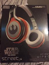 Star-Wars-Headphones-s