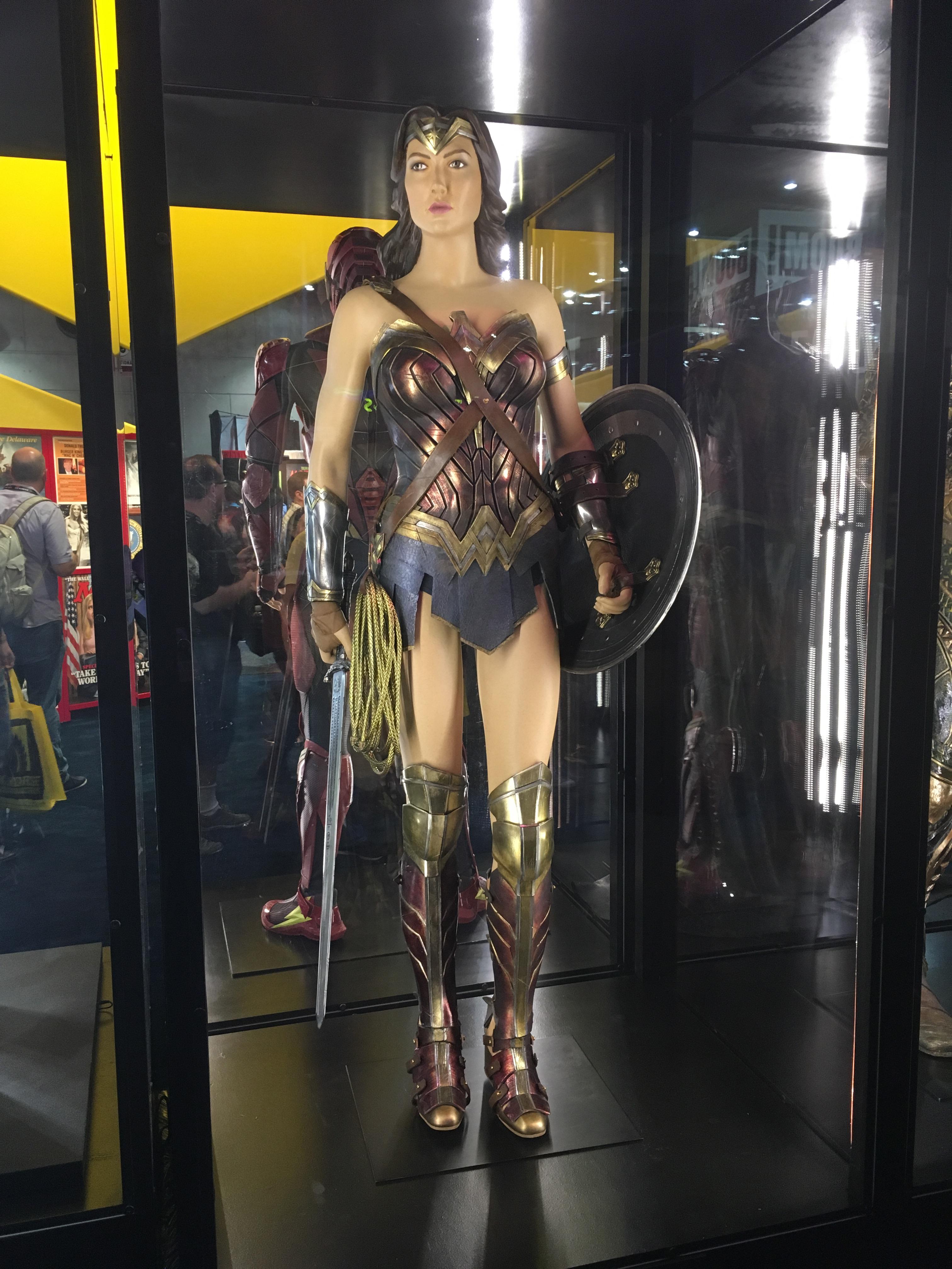 Wonder-Woman-Comic-Con-2017